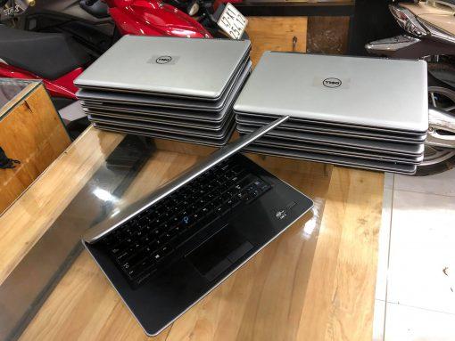 Laptop Dell 7440 Cu 1