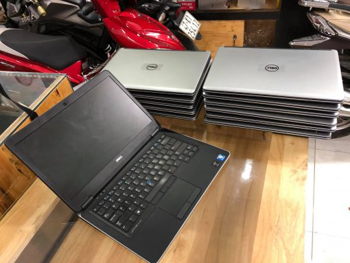 Laptop Dell 7440 Cu 3